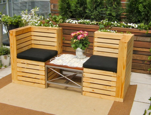 Swanky Pallet Patio Furniture Cushioned Sectional Chairs