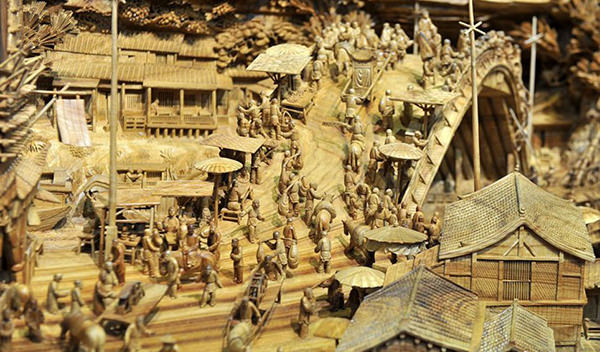 Worlds Longest Wooden Carving by Zheng Chunhui 3