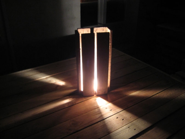 Simple Wooden Pallet light