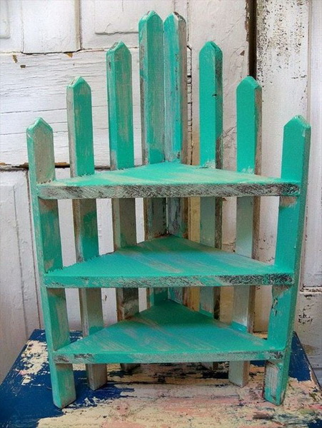 Sectional Pallet Accent Shelves
