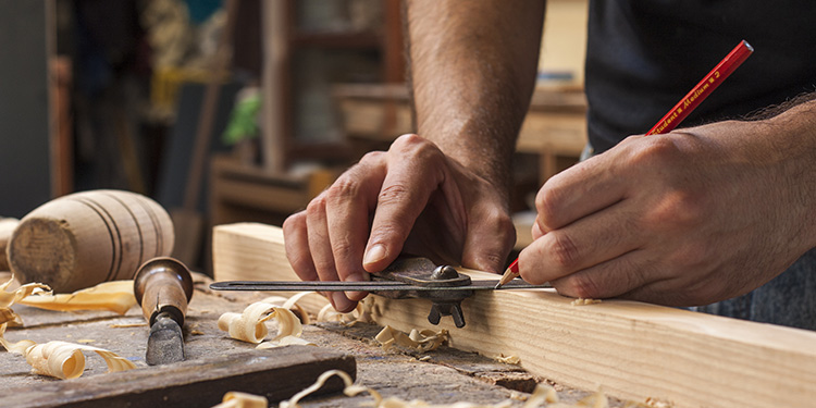 25 Essential Tools For A Woodworking Business